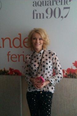 "Olia Tira a lansat in direct pe frecventa fericirii Aquarelle 90,7 FM piesa ""Moi angel""!"