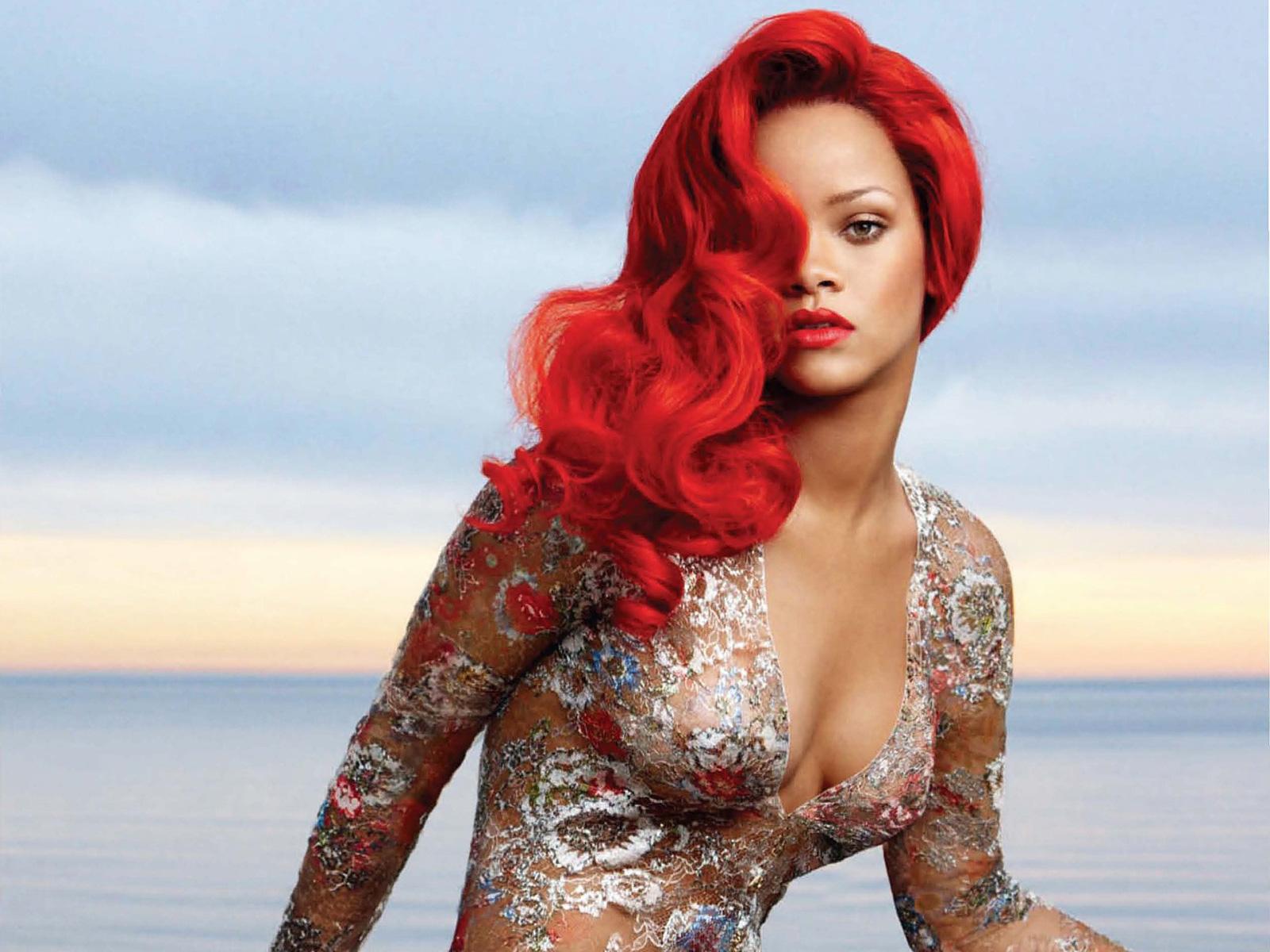 Стриптизерша с красными волосами 12 фотография