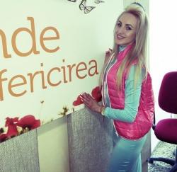 Interpreta Katalina Rusu a fost in studioul Aquarelle FM si ne-a povestit despre calatoriile ei!