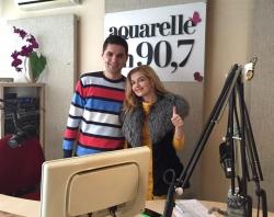 """Interpreta Mariana Mihaila a prezentat pe Aquarelle FM noua sa piesa """"Cerca de tu corazon""""!"""