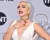 На свадьбе у своей подруги Леди Гага станцевала на столе (видео)