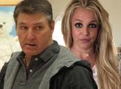 Отец Бритни Спирс прокомментировал слухи о том, что он полностью контролирует ее жизнь